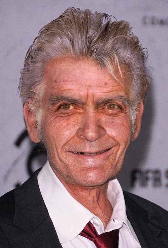 Charlie-Sheen - How Celebrities Will Look Like When They Are Old -25 Photos