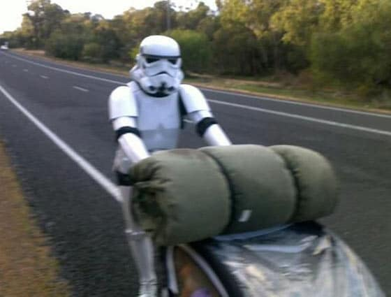 Funny Bizarre Things Captured At Perfect Time On Road - 35 Photos -04