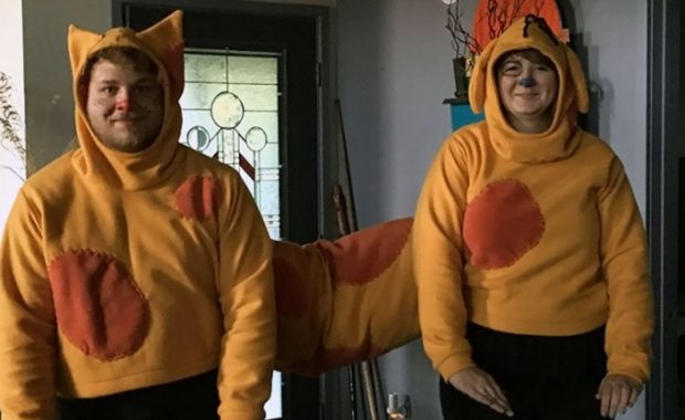36 Couple Halloween Costumes That Will Make You Laugh