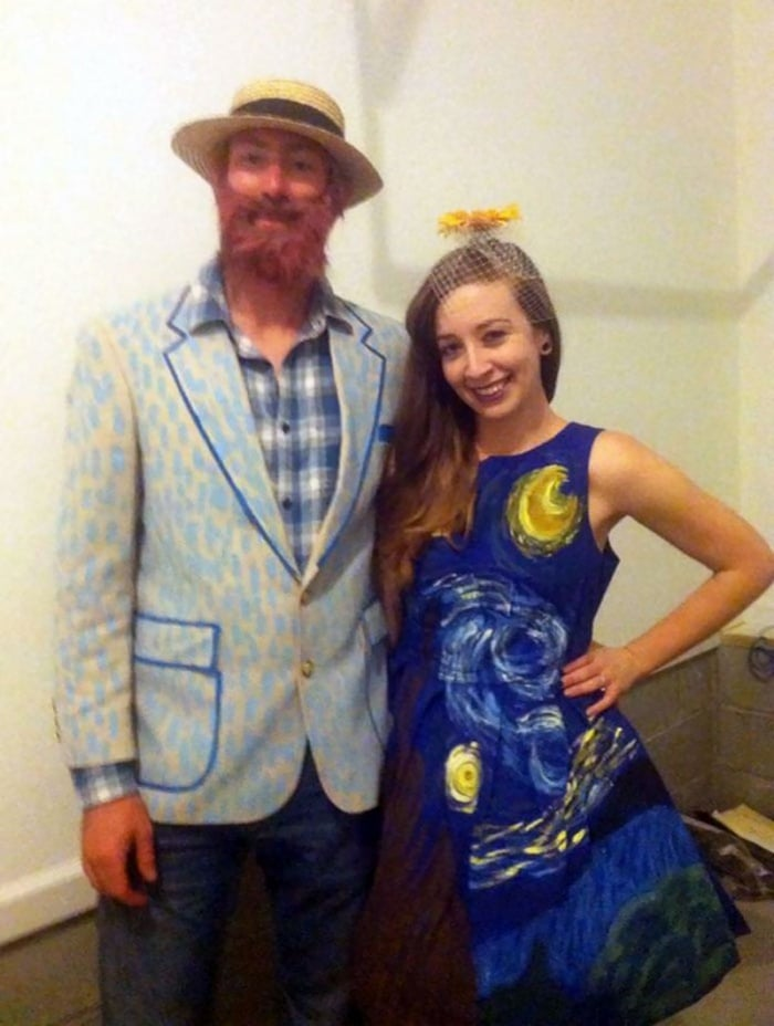 36 Couple Halloween Costumes That Will Make You Laugh-18