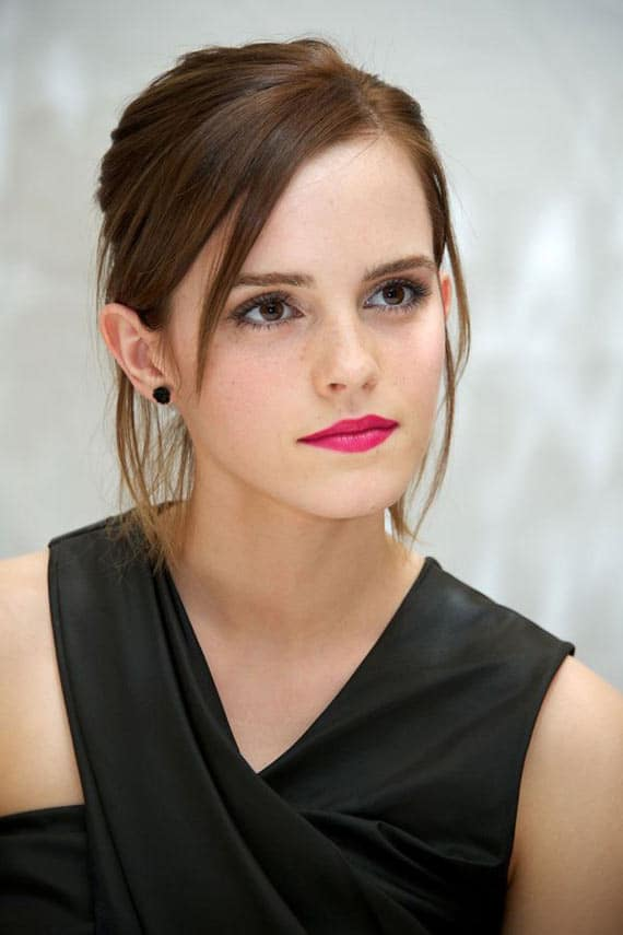 13 Funny Fashion Pictures of Creative Emma Watson -04