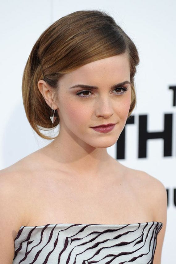 13 Funny Fashion Pictures of Creative Emma Watson -09