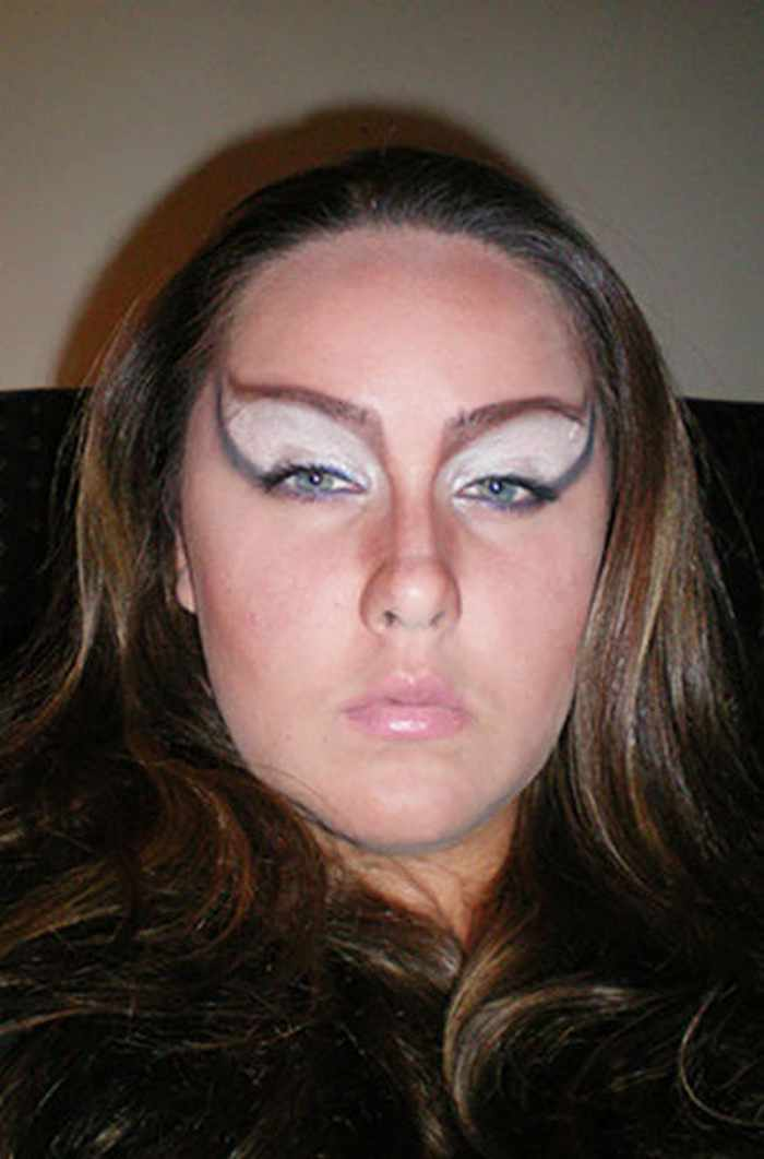 55 Makeup Disasters That Actually Went Horribly Wrong -19