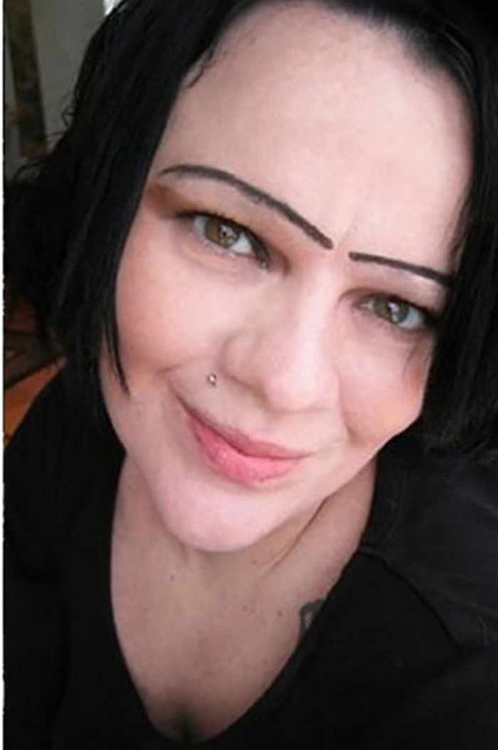 55 Makeup Disasters That Actually Went Horribly Wrong -20