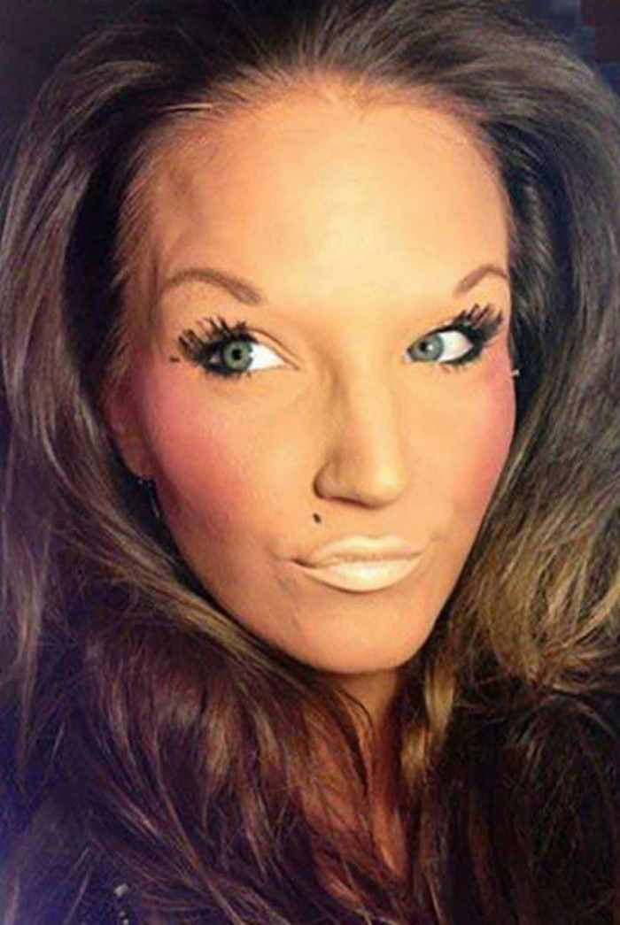 55 Makeup Disasters That Actually Went Horribly Wrong -40