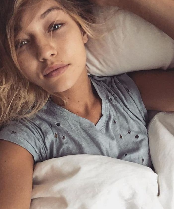 22 Unseen Pics of Famous Models Without Make-up Will Shock You -09