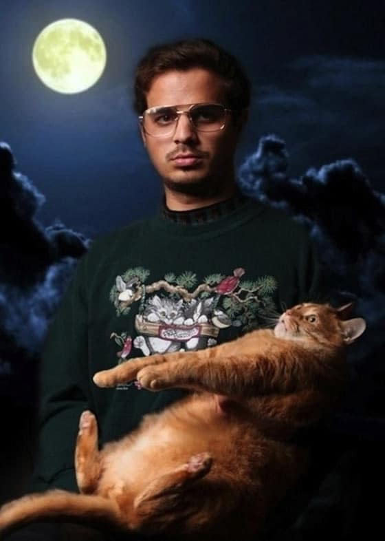 50 Pictures of People Posing With Funny Animals Will Blow Your Mind -04