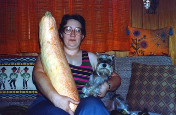 50 Pictures of People Posing With Funny Animals Will Blow Your Mind -06