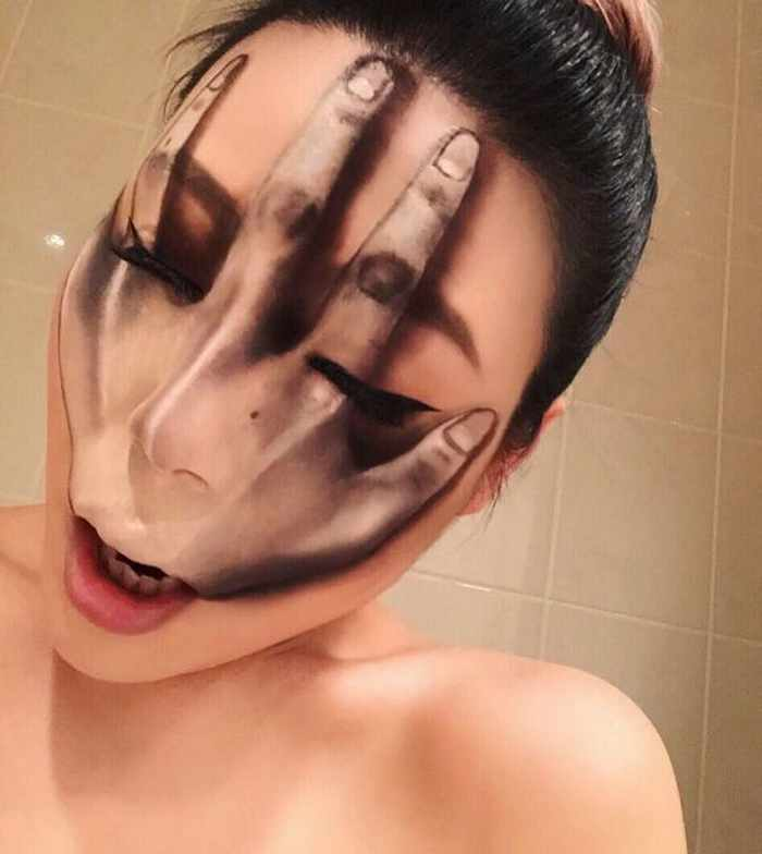 Makeup Artist Mimi Choi Optical Illusions on Herself Will Blow Your Mind - 35 Pics-02