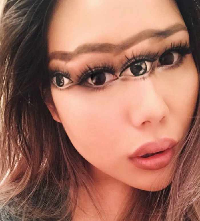 Makeup Artist Mimi Choi Optical Illusions on Herself Will Blow Your Mind - 35 Pics-05