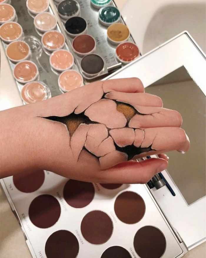 Makeup Artist Mimi Choi Optical Illusions on Herself Will Blow Your Mind - 35 Pics-10