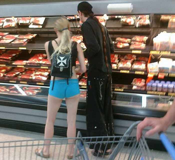 Meanwhile Funny People Of Walmart - 45 Pics -04
