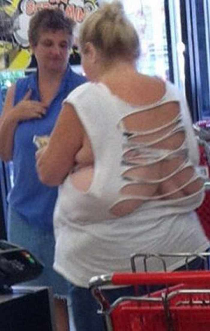 45 People of Walmart That Will Make You Smile -02