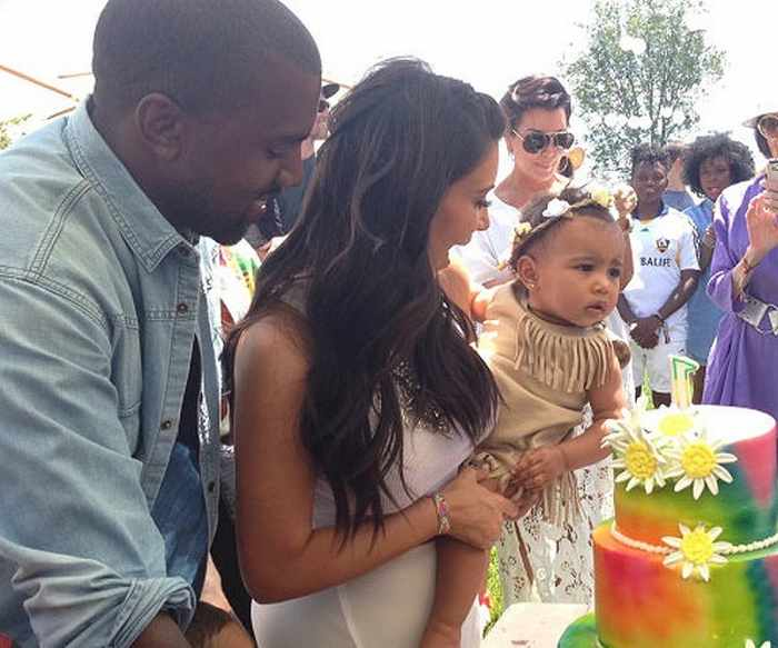 The Kardashians Posing With Ridiculous Cakes - 28 Pics -01