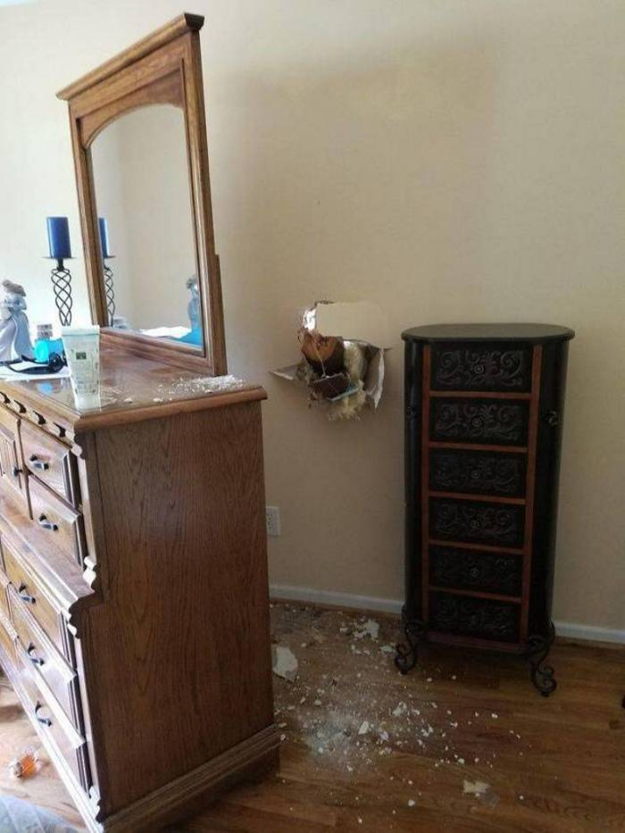 A Collection of Ridiculous Fails That Happen to Everyone (37 Pics) -14