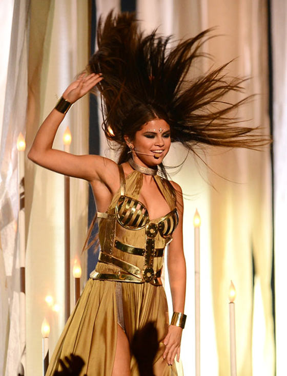 20 Pics of Selena Gomez's Sizzling Performance at Billboard Music Awards -07