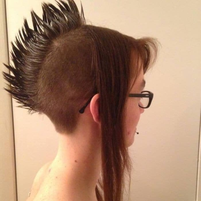 19 Funny Pics of Weird Hairstyles That Are Totally Ridiculous -09