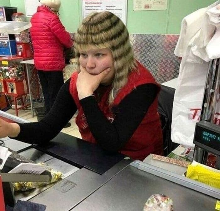 19 Funny Pics of Weird Hairstyles That Are Totally Ridiculous -16