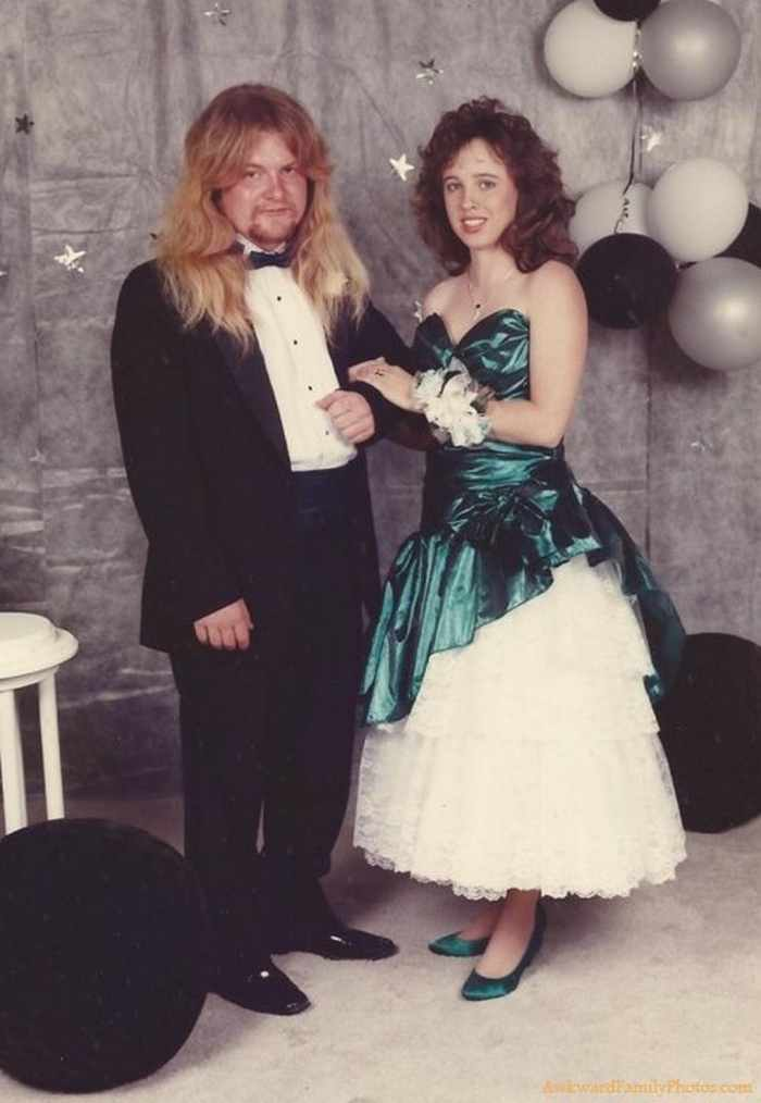 45 Worst Prom Dress Fails Ever In The Prom History -14