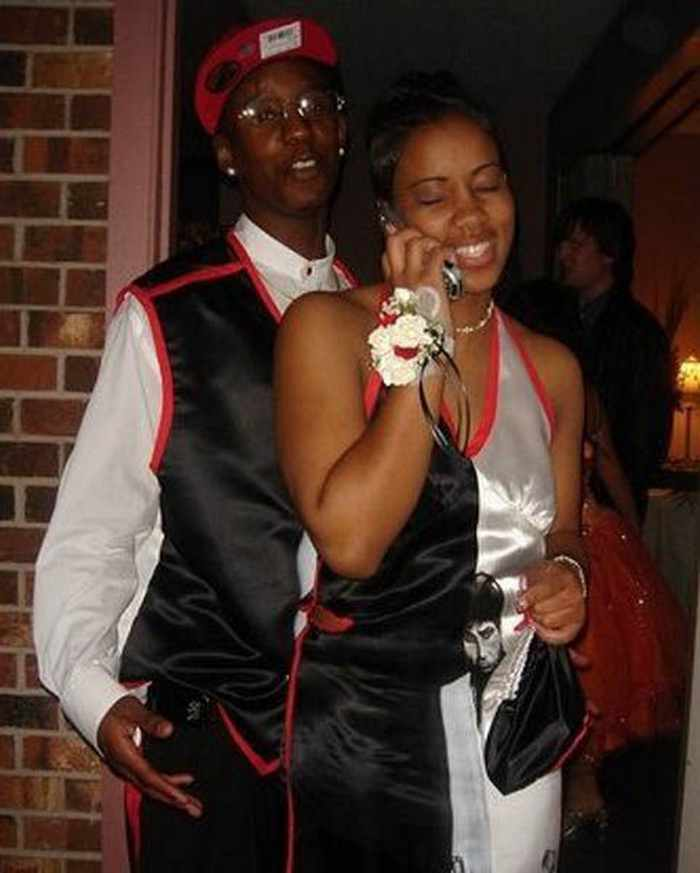 45 Worst Prom Dress Fails Ever In The Prom History -15