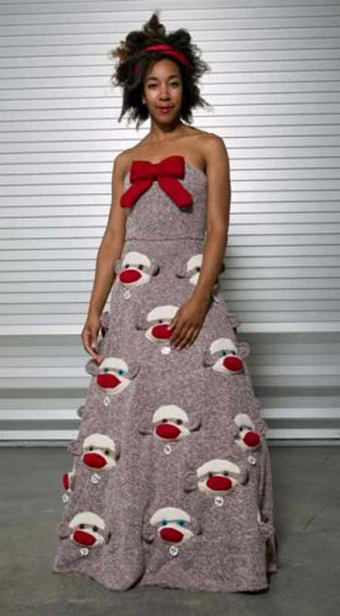 45 Worst Prom Dress Fails Ever In The Prom History -17