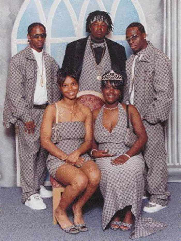 45 Worst Prom Dress Fails Ever In The Prom History -18