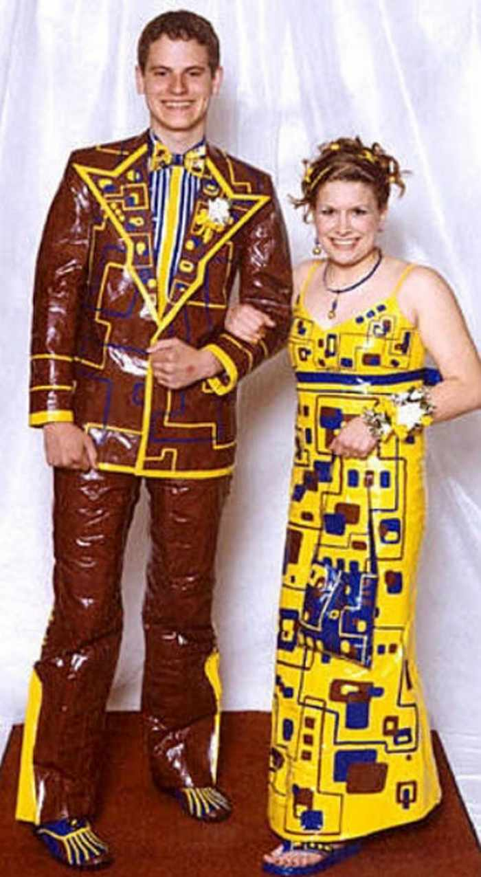 45 Worst Prom Dress Fails Ever In The Prom History -39